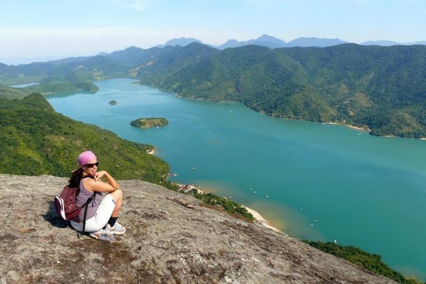 Auf Gipfel des Pico de Mamanguá