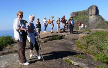 Wander zum Gipfel des Pedra Bonita