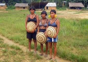 Yanomami-Frauen